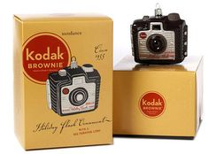 This is part of my collection! Love me some vintage Brownie cameras. :)
