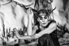 #performance #ItalianPhotographers #igersitalia #bepslabor #style #canon #canonphotography  #photography  #5dmark2 #canonday #stage #performance #makeup #teather #blackandwhitephoto #portrait #gaze #look #performer #act #webstapick #fotografoitaliano #folkcreative