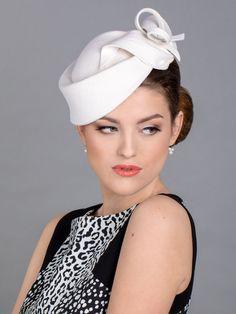 White wedding hat. White church hat. New design from 2021 collection. White Church Hats, Wedding Hats, Fascinators, Feminine Style, News Design, Your Hair, Take That, Elegant, Beautiful