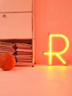 Neon letter by freundts/www.freundts.de