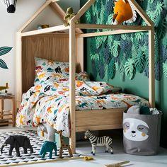 Children& room decor idea: a jungle room - Baby / child room room design Childrens Jungle Bedrooms, Boys Jungle Bedroom, Safari Bedroom, Childrens Room Decor, Baby Bedroom, Jungle Baby Room, Jungle Room Themes, Jungle Kids Rooms, Bedroom Kids