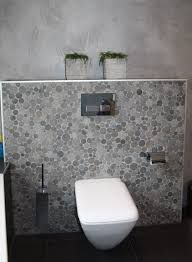 Toilet on pinterest toilets bathroom and toilet paper - Badkamer beton wax ...