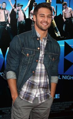Photo of Ryan Guzman - 2012 Los Angeles Film Festival - Closing Night Gala - Premiere Magic Mike - Picture Browse more than pictures of celebrity and movie on AceShowbiz. Ryan Guzman, Nick Bateman, Hottest Male Celebrities, Celebs, Beautiful Men, Beautiful People, Los Angeles Film Festival, Look Fashion, Mens Fashion