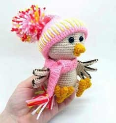 Winter bird amigurumi