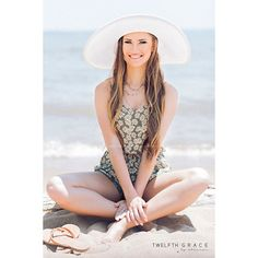 Rachel | Born to Beach Hair and makeup: Sarah | BobbyPins&Blush @lytlehmua @bpbfxbg  #twelfthandgracebyshannon #twelfthandgraceseniors #twelfthgraceseniors #seniorstyleguide