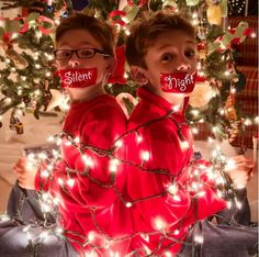 Funny Christmas Card idea: This mom found a way to make holiday decorations a little more, err, practical.
