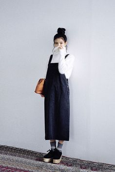 Korean Fashion Trends you can Steal – Designer Fashion Tips Korean Fashion Trends, Korean Street Fashion, Korea Fashion, Asian Fashion, Look Fashion, Mode Outfits, Korean Outfits, Casual Outfits, Fashion Outfits