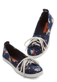 Walk of the Town Flat in Floral, #ModCloth