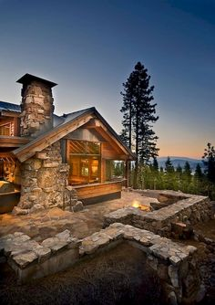 60 Favourite Log Cabin Homes Fireplace Design Ideas - Home/Decor/Diy/Design Home Fireplace, Fireplace Design, Chalet House, Future House, My House, Log Home Living, Log Cabin Homes, Log Cabins, Mountain Homes