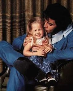 Elvis and Lisa Marie- private family picture session at Graceland