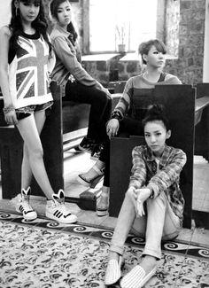 CL, Bom, Minzy, Dara  2NE1