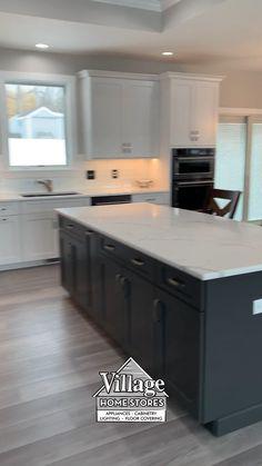 Kitchen Room Design, Kitchen Cabinet Design, Kitchen Redo, Modern Kitchen Design, Kitchen Layout, Home Decor Kitchen, Interior Design Kitchen, New Kitchen, Home Kitchens
