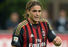myhopeconnect - Fiorentina Signs Azzurri Striker Matri.1 17 2014