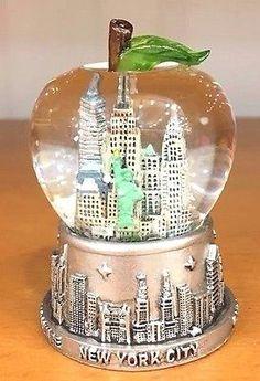 New York City Snow Globe, Big Apple Shaped Dome