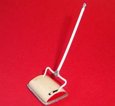 ah yes, between vacuuming days we used a carpet sweeper - wish I had one now