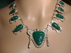 Mexico 925 Sterling Silver Green Agate Stone Aztec Face Necklace