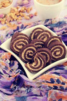 Rulada cu biscuiti, nuci si caramel - Pasiune pentru bucatarie- Retete culinare Great Recipes, Biscuits, Caramel, Food And Drink, Sweets, Cookies, Projects, Bakken, Crack Crackers