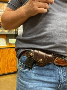 Knife Holster, 1911 Holster, Weapons Guns, Guns And Ammo, Western Holsters, Cowboy Holsters, Lcp 380, North American Arms, Leather