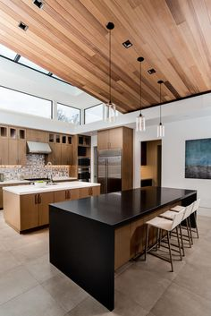 Family Friendly Mid-Century new construction built from the ground up. Interior Design Gallery, Interior Design Kitchen, Home Building Design, House Design, House Extension Plans, Patio Deck Designs, Devine Design, Bungalow Renovation, Modern House Plans