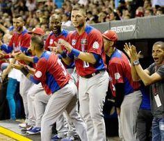 HOY continúa la Serie Del Caribe San Juan 2015 - Pagina Oficial a la 1:05pm entre #Venezuela vs. #Cuba y a las 7:30pm entre #México vs. #RepúblicaDominicana  #seriedelcaribe2015 #ticketpop