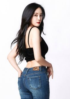 Check out T-Ara @ Iomoio Beautiful Japanese Girl, Beautiful Asian Women, Amazing Women, T Ara Hyomin, Chica Fantasy, Girls Are Awesome, Military Girl, Sexy Blouse, Chinese Model