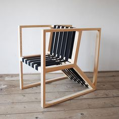 Movement, we are all in some kind a movement so this chair is inspired by the fast lifestyle of all who seek multifuncktion. This chair has three functions in fact three seating positions that meet consumers needs. It can be used for dining, for work (lap…