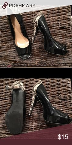 """Beautiful heels! Like new! Black Patent leather """"like"""" all man made materials and snake skin. Finish off that little black dress!💖 Jessica Simpson Shoes Heels"""
