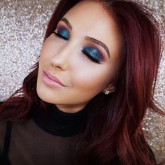 The girl can do no wrong! In her most recent video @jaclynhill used Makeup Geek Eyeshadows to create a colorful fall smoky eye. Featured shades: Desert Sands Poppy Caitlin Rose (foiled) Secret Garden (duochrome) Mirage (now sold individually) Curfew (new matte) Motown (new matte) by makeupgeekcosmetics