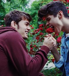 Hot Guys and Cute Gay Couples Tumblr Gay, Big Love, Man In Love, Gay Romance, Lgbt Quotes, Style Masculin, Fotos Goals, Lgbt Love, Cute Gay Couples