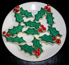 130 Best 3 Holly Leafs Holly Berries Holly Collectibles Images