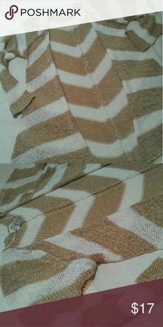 St John's Bay sz L soft open cardigan Brown and white pattern on a very soft open cardigan. Perfect condition St. John's Bay Sweaters Cardigans