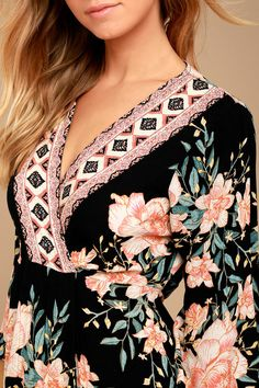 The Billabong Divine Black Floral Print Wrap Dress was sent from above to spice up your look! Lightweight woven floral print wrap dress with three-quarter bell sleeves. Floral Tops, Floral Prints, Bell Sleeves, Bell Sleeve Top, Pakistani Suits, Black Suits, Billabong, Night Gown, Cute Dresses