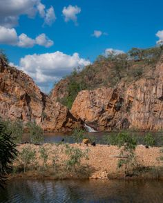 Get Kakadu Tours From Darwin. Visit the breathtaking Kakadu National Park with Adventure Tours Australia. Scenic flights, Ubirr Rock Art and wetlands. Best Vacation Destinations, Best Places To Travel, Vacation Trips, Vacations, Kakadu National Park, National Parks, Adventure Tours, Adventure Travel, Places Around The World