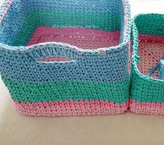O próximo cesto na espera...porque será uma dupla de gêmeos lindos,  para uma princesa guardar seus brinquedos  #encomendas #fiosdemalha #cestos #basket #trapillo