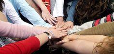 Gruppe  beschließt eien    Geldbetrag dieser wird in einen topf  gelegt   Gruppeteilt sich in 2er gruppen  partner tauschen über ihre aktuelle finanzielle situation und  bedürfnisse aus. anschließend stellen die parter die ergebnisse vor  die gruppe  entscheidet,  wie sie die gelder verteilen wollen. diese Übung stärkt das gemeinschaffts gefühl und regt dazu an im sozialen Kontext über dass oft totgeschwiegene thema geld zu reden.