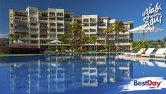 B Nayar es ideal para disfrutar unas largas vacaciones de playa con la familia. Ofrece 31 habitaciones climatizadas y condominios de dos, tres o cuatro recámaras con sala, comedor, cocina equipada y jacuzzi. Se ubica en un entorno natural frente a las playas de la Riviera Nayarit, en la zona de la Cruz de Huanacaxtle. El hotel tiene espacios para la recreación y el entretenimiento, como playa, juegos infantiles al aire libre, piscina y restaurante con vista al mar. #OjalaEstuvierasAqui