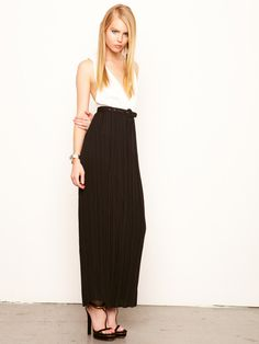 Alice + Olivia Lauretta Silk Pleated Maxi Dress