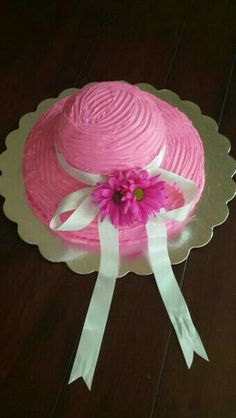 Kentucky Derby hat cake for little girl's birthday party