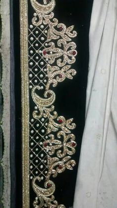 Order contact my whatsapp number 7874133176 Zardozi Embroidery, Bead Embroidery Patterns, Tambour Embroidery, Silk Ribbon Embroidery, Hand Embroidery Designs, Beaded Embroidery, Embroidery Stitches, Machine Embroidery, Tambour Beading
