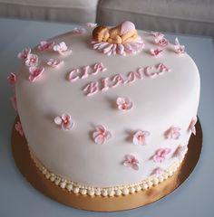 Nimiäisjuhlan kakku pienelle tytölle <3 Birthday Cake, Baking, Desserts, Recipes, Food, Tailgate Desserts, Birthday Cakes, Deserts, Bakken