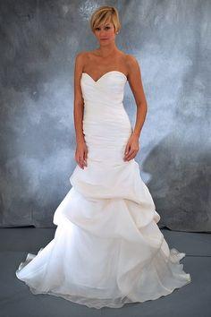 KleinfeldBridal.com: Jenny Lee: Bridal Gown: 32372666: Mermaid: Dropped Waist