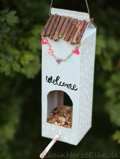 Home Sweet Home milk carton bird feeder.how to. Home Sweet Home milk carton bird f Kids Crafts, Diy And Crafts, Arts And Crafts, Rock Crafts, Homemade Crafts, Upcycled Crafts, Milk Carton Crafts, Bird Feeder Craft, Ideas Hogar