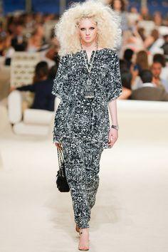 Chanel Cruise Verão 2015 Karl Lagerfeld com inspiração no Oriente Médio