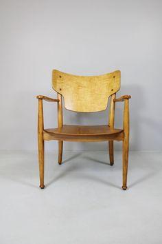 Peter Hvidt & Orla Mølgaard Nielsen; Beech and Beech Veneer Stackable 'Portex' Chair, c1944.