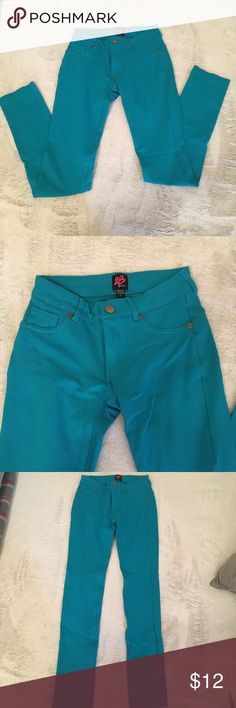 2B Bebe Teal Jeggings Look like Jeans, Fit like Jeggings. Worn once, then I out grew them. Make me an offer! 2B Bebe Jeans Skinny