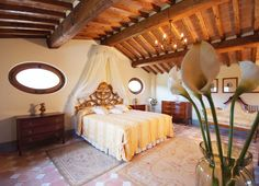 Wedding suite at Villa Baroncino in Umbria - luxury Italian wedding venue www.romanticitalianweddings.com