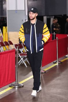 Stephen Curry of the Golden State Warriors arrives at the stadium before the game against Houston Rockets on January 20 2018 at the Toyota Center in...