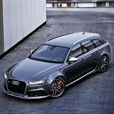 2016 Audi RS6 Avant With 560hp, V8 4.0L Twin turbo !  0-60 mph: 3.7 sec