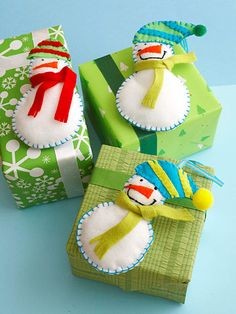 Snowmen Gift Tags/Ornaments from BHG: Use felt scraps in a variety of colors to make fun felt snowmen to use as Christmas ornaments or decorations. Free Patterns  Instructions.