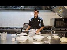 Secretos de la masa para la pizza 1 - YouTube Pizza Fina, Pizza Gourmet, Calzone, Empanadas, Sushi, Oven, Cooking Recipes, Youtube, Canapes
